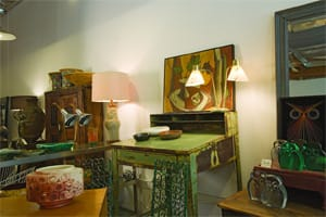 Hedge, has a fine-tuned selection of indoor and outdoor conversation pieces. Lamps and pottery are specialties, along with original artwork and nifty midcentury throwbacks with personality and panache.