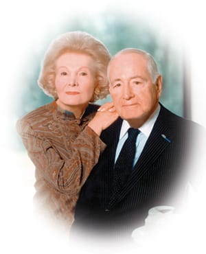 Walter and Leonore Annenberg pledge $5 million to build an educational facility on the Eisenhower Medical Center campus