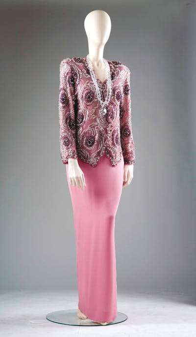 An ensemble from the exhibition Nancy Reagan — A First Lady's Style.
