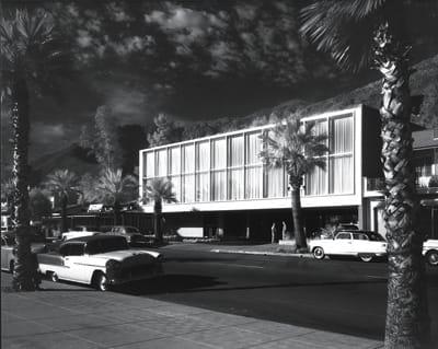 Coachella Valley Savings and Loan No. 1, Williams, Williams & Williams, 1956. Photo: 1957.