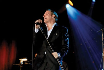 Michael Bolton performs at the 2007 Frank Sinatra Countrywide Invitational Gala