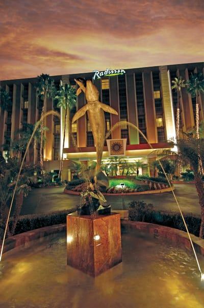 Fountain at Radisson Hotel Newport Beach
