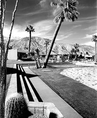 The Sandpiper condominiums, Palm Desert, 1958.  © J. Paul Getty trust. used with permission. Julius Shulman photography archive research library at the Getty Research Iinstitute