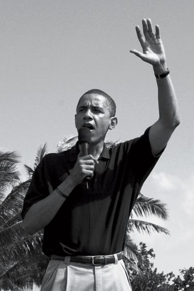 Photos of Barack Obama speeches in Hawaii August 2008 for a rally and a well-deserved vacation. And later in December 2008 as president-elect.