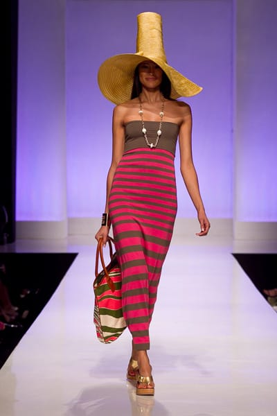 Using Palm Springs as her muse, Trina Turk showed her Spring 2011 collection during New York Fashion Week to rave reviews. Now she shows it in her own back yard.