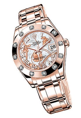Around the bezel sparkle 12 brilliant-cut diamonds with a dazzlingly delicate Goldust Dream Roman Dial set with 11 diamonds and Oyster 17 millimeter bracelet.