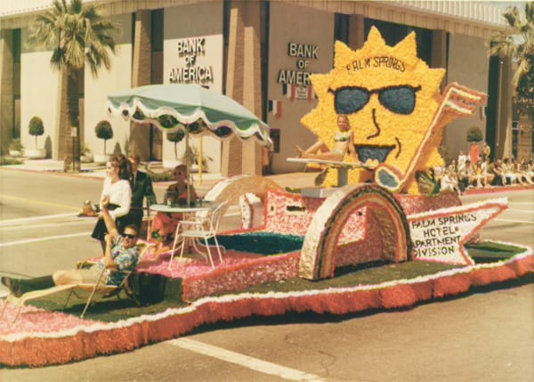 The now-defunct Palm Springs Hotel & Apartment Division at the Desert Circus parade.