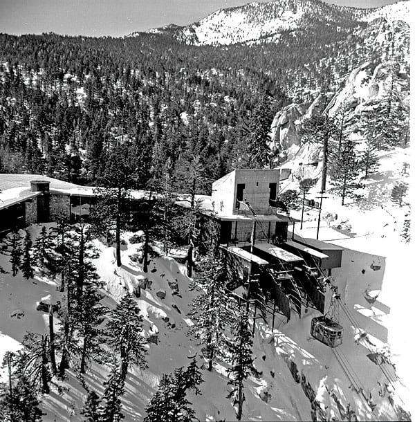 The original tramcar soars to the snow-covered Mountain Station in January 1964.
