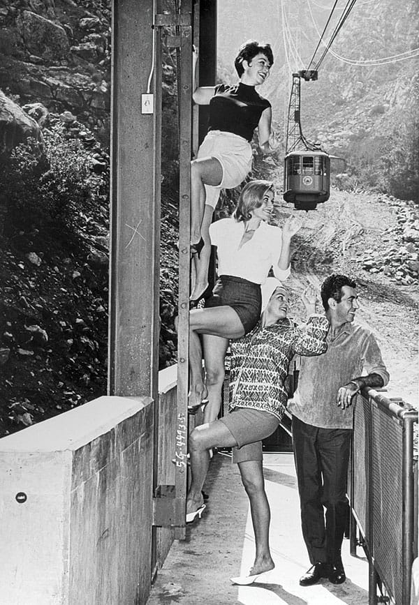 Connie Hines, Beryl Davis, and Jane Russell with Mr. Blackwell at the Valley Station