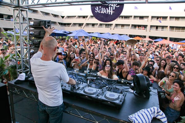 Moby Makes a 'Splash' at Hard Rock Hotel Palm Springs