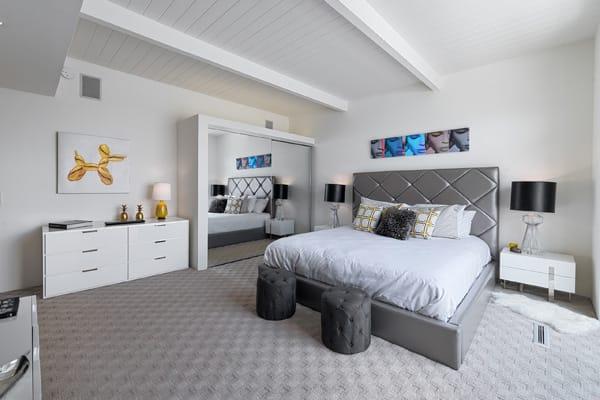 H3K Design Restores Midcentury Splendor to Palm Springs Home