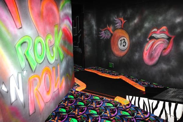 Stay Cool and Rock Out With Indoor Miniature Golf