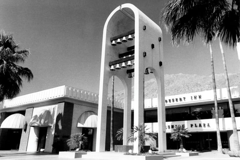 Palm Springs Fashion Plaza