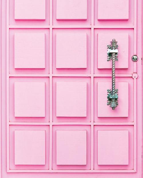 pinkdoorpalmsprings