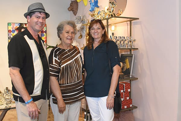 Peepa's Celebrates Its Grand Opening With Style