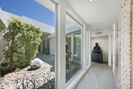 palm desert real estate market