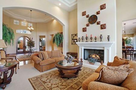 La quinta real estate prices