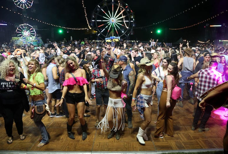 stagecoach-neon-carnival