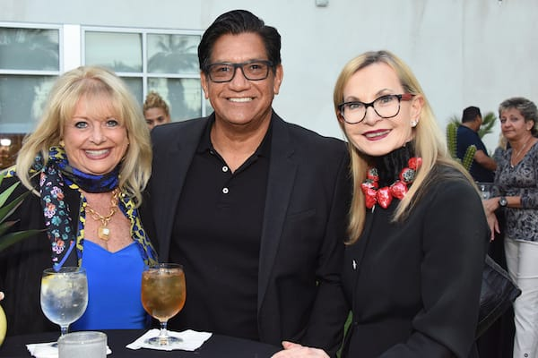 Celebrity Chefs Mingle with Food Fans at Palm Desert Food & Wine Reception
