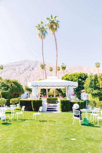 Palm Springs Resorts The Desert Cater To Travelers Of