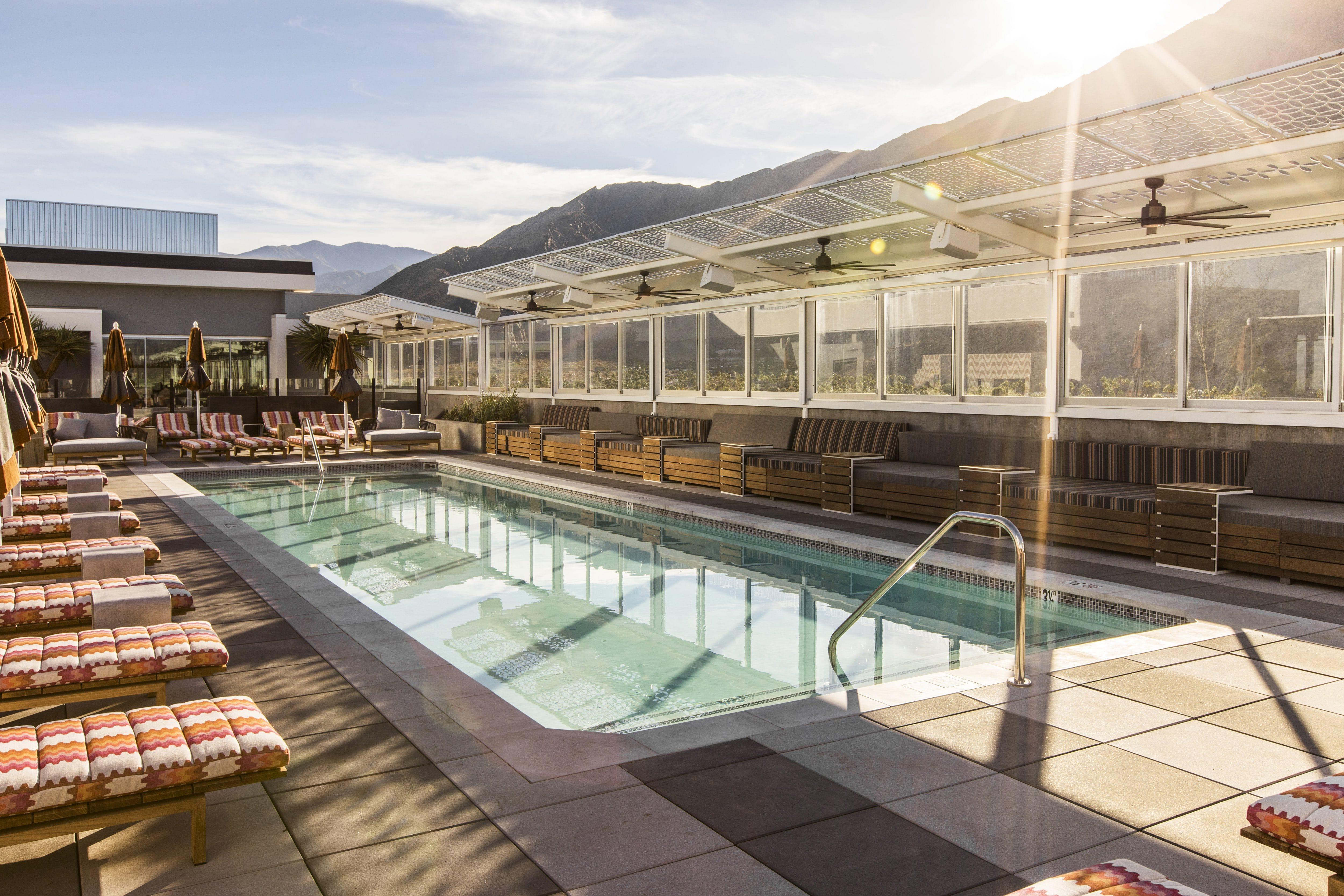 Hotels In Palm Springs >> Jrowan Hotel Palm Springs