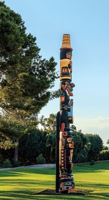 henry hunt totem pole sunnylands