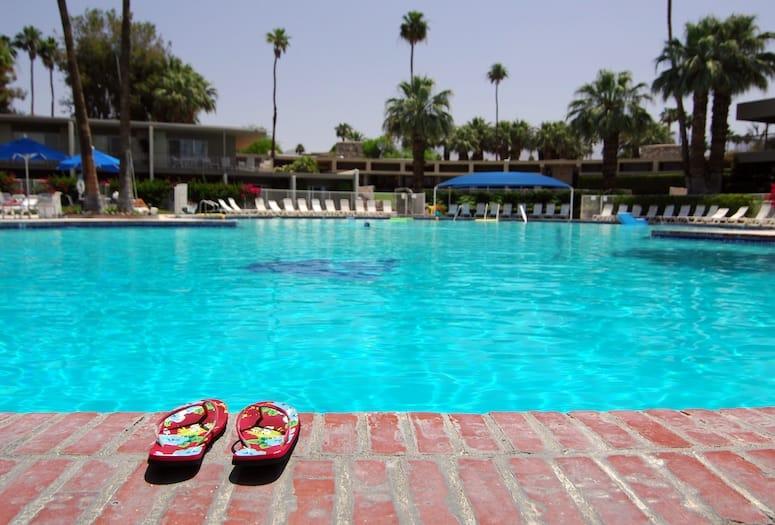 palm springs hospitality