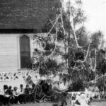 Explore Palm Springs: Community Christmas Tree